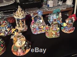 10 Disney Snow Globes