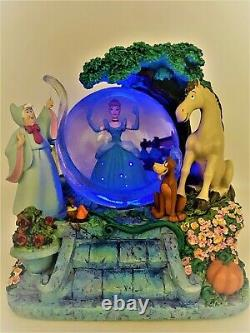 Cinderella Light Up Musical Snow Globe Magical Gown
