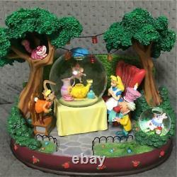 DISNEY Alice in Wonderland Tea Party Rotating Snow Globe Music Box Figure
