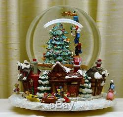 DiSNEY CHRiSTOPHER RADKO SNOWGLOBE- VERY RARE CHRISTMAS TREEMICKEYGOOFY
