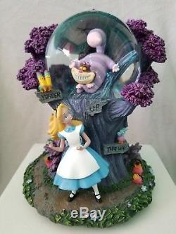 Disney Alice In Wonderland Cheshire Cat Musical Snow Globe Rare I'm Late RARE