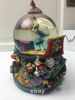 Disney Alice in Wonderland Drink Me Snow Globe All in the Golden Afternoon B8