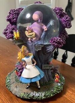 Disney Alice in Wonderland I'm Late Cheshire Cat Light Up Snow Globe