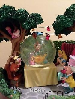 Disney Alice in Wonderland Snowglobe RARE