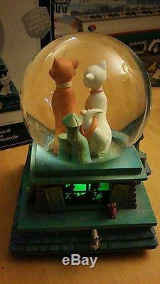 Disney Aristocats Rare snowglobe 40th anniversary