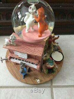 Disney Aristocats Snow Globe with music rare