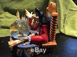 Disney CAPTAIN HOOK TINKERBELL PETER PAN SNOW GLOBE NIB Musical Lights Up