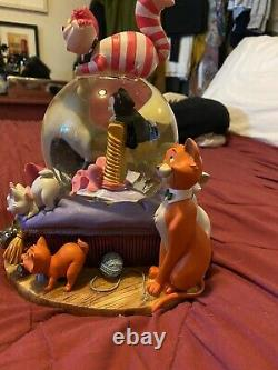 Disney Cats PhotoFrame Snow globe, plays can you feel the love tonight