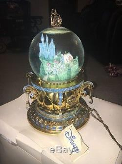 Disney Cinderella A Dream Is A Wish Musical Snow Water Globe RETIRED Large