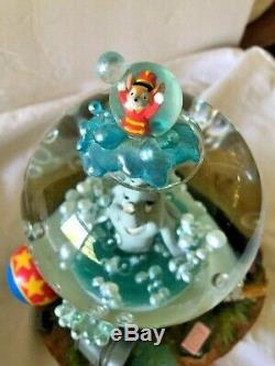 Disney Dumbo Takes a Bubble Bath Snow Globe Plays Rock a Bye Baby