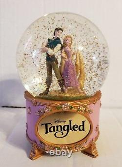 Disney Extremely Rare Tangled Rapunzel and Flynn Rider Musical Snow Globe Works