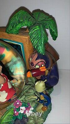 Disney Lilo & Stitch Aloha Animal Rescue Snowglobe Mint Rare