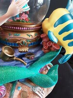 Disney Little Mermaid Ariel Musical Animated Snowglobe Under the Sea