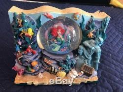 Disney Little Mermaid Storybook Ariel Musical Snowglobe Water Snow Globe