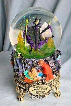 Disney Maleficent SLEEPING BEAUTY SNOWGLOBE Masters of Animation Lights Up