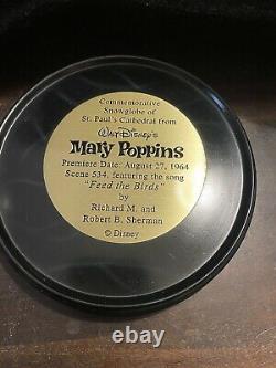 Disney Mary Poppins Feed the Birds St. Paul's Cathedral Snowglobe EUC Snow Globe