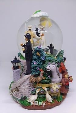 Disney Mary Poppins Snowglobe