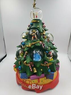 Disney Our Family Tree A Holiday Christmas Celebration Musical Snow Globe