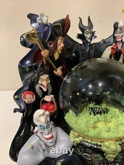 Disney Parks The Art of Disney Villains Musical Snow Globe Light Up Eyes RARE