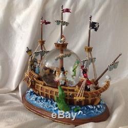 Disney Peter Pan Pirate Ship Musical Lite Up Rotate Figurines SnowGlobe-MIB