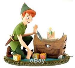 Disney Peter Pan Tinker Bell Musical Snowglobe Limited Edition of 100 NIB RARE