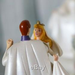 Disney Princesses Cinderella Wedding Cake Musical Snow Globe So This is Love