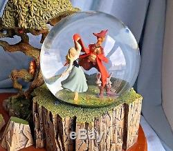 Disney SLEEPING BEAUTY Anniversary SNOWGLOBE AURORA BRIAR ROSE PHILLIP