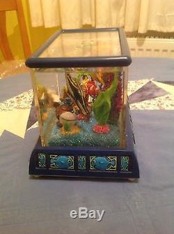 Disney Schneekugel Spieluhr Findet Nemo Finding Nemo Snowglobe rar