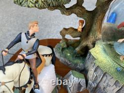 Disney Sleeping Beauty / Price Charming Snow Globe