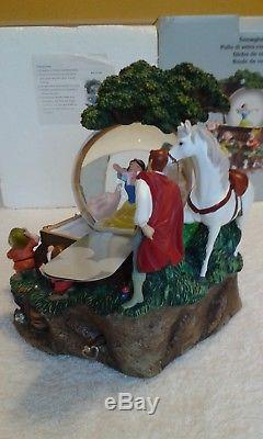 Disney Snow White Wakes Musical Snow Globe (Very Rare)
