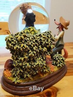 Disney Song of the South Snow Globe Brer (Br'er) Rabbit, Music Box