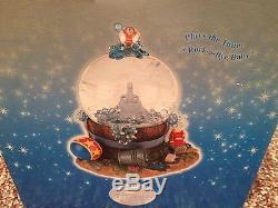 Disney Store Exclusive Dumbo Takes a Bubble Bath Musical Snow Globe Snowglobe