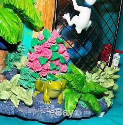 Disney Store Lilo and Stitch Aloha Animal Rescue Adoption Day Shelter Snow Globe