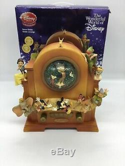 Disney Store Vintage Radio Snow globe With Box Mickey Dumbo & More Lights Up Rare