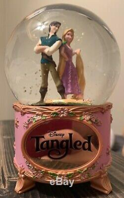 Disney Tangled Musical Snow Globe Rapunzel And Flynn Rider Extremely Rare