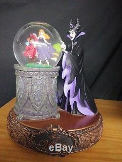 Disney Villains. RARE Rotating Musical Snow Globe Statue Maleficent