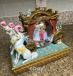 Disney rare cinderella carriage ride snow globe