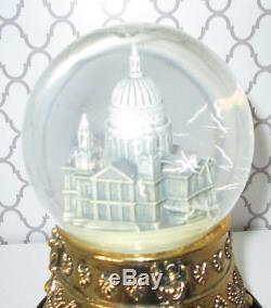 Disney's Mary Poppins Commemorative Musical Snow Globe EXTREMELY RARE Cathedral