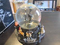 Disneys Nightmare Before Christmas Jack Skellington Zero Snow Water Globe