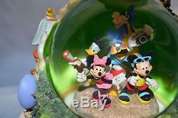 Extremely Rare Walt Disney Disneyland 4 Parks Snow Globe