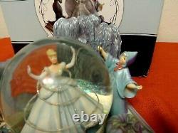 Hallmark Disneys Wonders Within Fairy Godmother to the Rescue Snow Globe New
