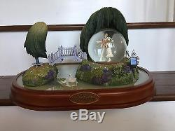 Huge Disney Mary Poppins Musical Spin Figurine Snowglobe New