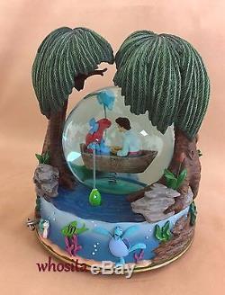 MLM Disney's Little Mermaid Ariel Kiss the Girl Snow Globe Snowglobe Figurine