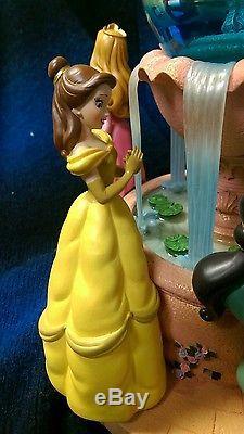 NIB Disney Princess Snowglobe Musical Wishing Fountain Rare RETIRED