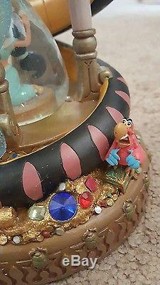 New Disney Aladdin princess Jasmine hourglass snow globe lights up