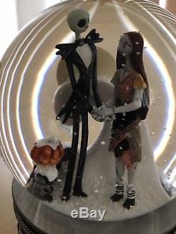 Nightmare Before Christmas Jack And Sally Musical Snowglobe Disney Tim Burton
