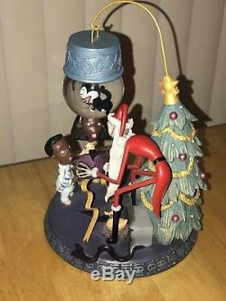 Nightmare Before Christmas Snowglobe Santa Jack Toys Village Statue Disney World