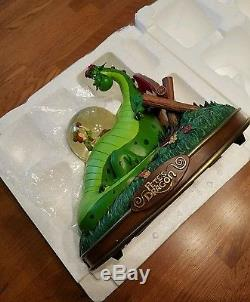 Pete's Dragon Musical Snowglobe (Elliot) Disney with box great condition