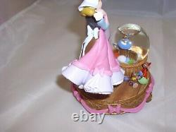 RARE Cinderella A Lovely Dress for Cinderelly Snow Globe 2009 Disney Store