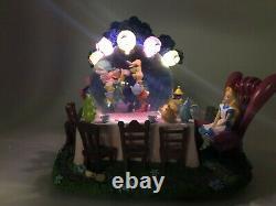 RARE Disney Alice in Wonderland musical light-up snow globe MINT CONDITION